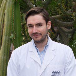 Dr. Jorge Oporto Caroca